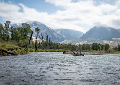 Fall fly fishing on Montana's Yellowstone River