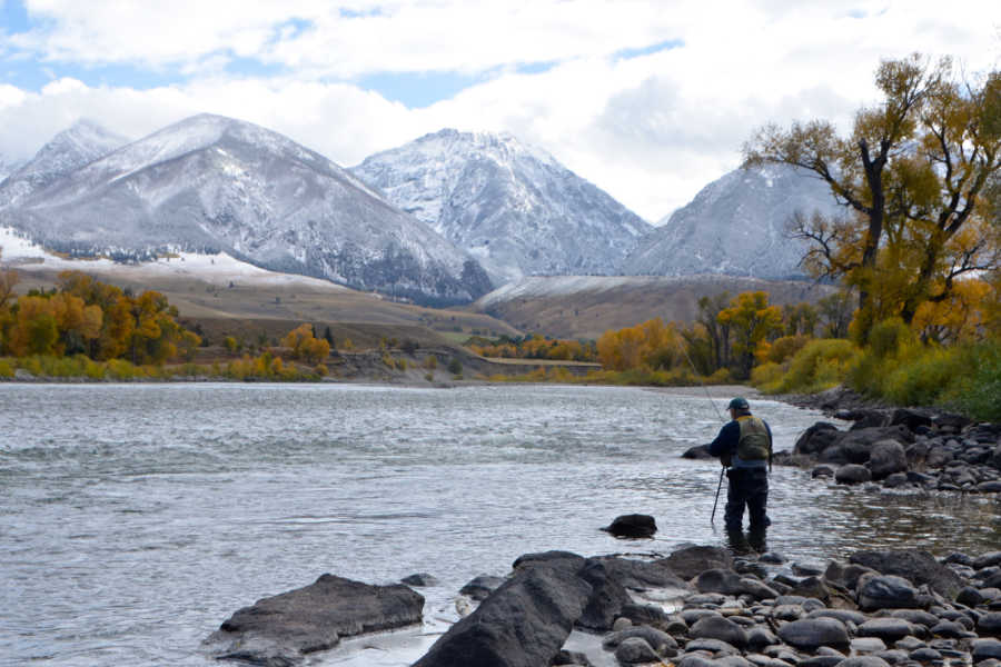 Fall-Fly-Fishing-Yellowstone-River